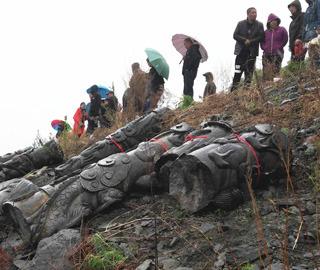 中国北疆千年古城江中捞出