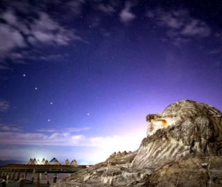 """摄影师齐聚""""天空之境""""拍摄绝美夜空"""