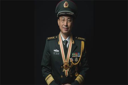 战斗英雄韦昌进:为了胜利,向我开炮!