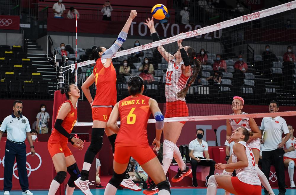 中国女排东京奥运首战0比3不敌土耳其女排