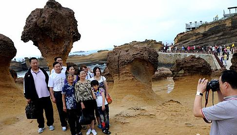 大陆游客减145万 台湾观光业一年损失600多亿