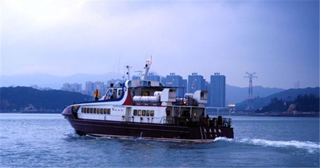 疫情缓解小长假将至 台湾离岛旅游渐复生机