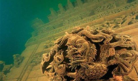 近日,海南华光礁I号沉船上万件出水文物在南海博物馆亮相。水下考古工作成就再一次展现在世人面前。