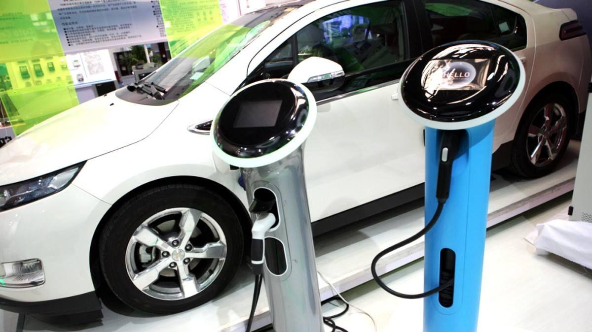 新能源汽车专用号牌在12城市首批启用 工本费不变