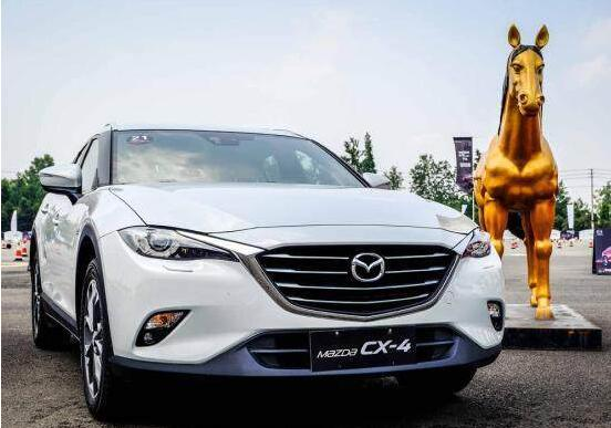 """中国汽车城迎来""""车展季"""" 众品牌""""抢市场"""""""