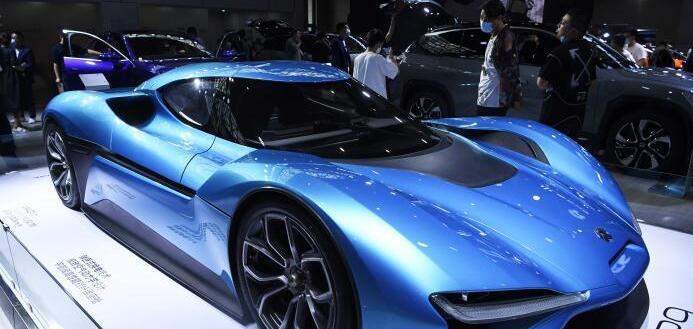 中国汽车商品进、出口金额同比继续保持快速增长