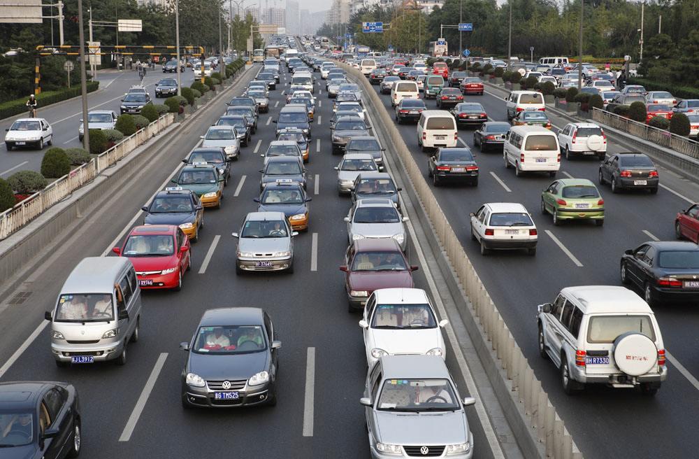 """车市""""微增长""""背后的新考量"""