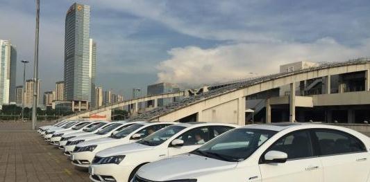 """中国车市遭遇近20年来最强""""寒冬"""" 车企如何变招?"""