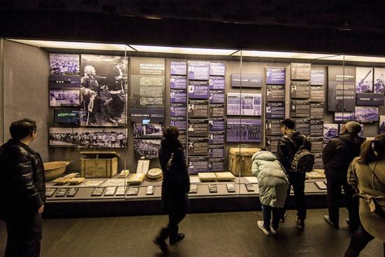 """90后看南京大屠杀:自己何尝不是""""和平时期的笨蛋"""""""