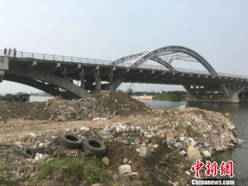 南通疑现上海垃圾建筑垃圾来源仍在核查中