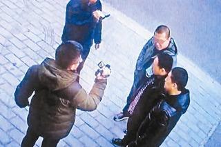 朋友圈熟人作案家具被盗店主曾收到嫌疑人祝福信息
