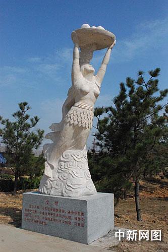 山西洪洞大槐树风景区清明来临增设古代人物雕塑