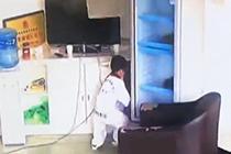 云南地震 男孩机智避险
