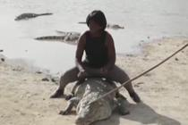 非洲一村庄跟鳄鱼和平共处数世纪