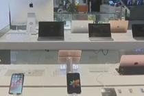 窃贼偷18部手机有15部是样机