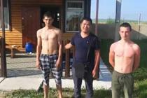 东北大叔出国度假 智救俄罗斯溺水少年