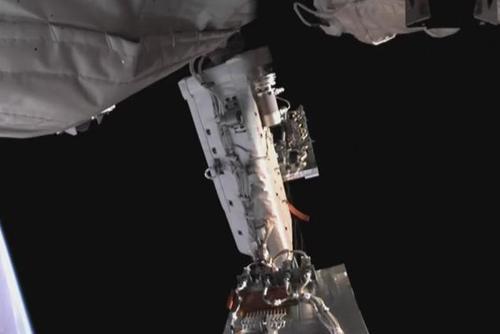 核心舱舱外全景摄像机拍摄画面