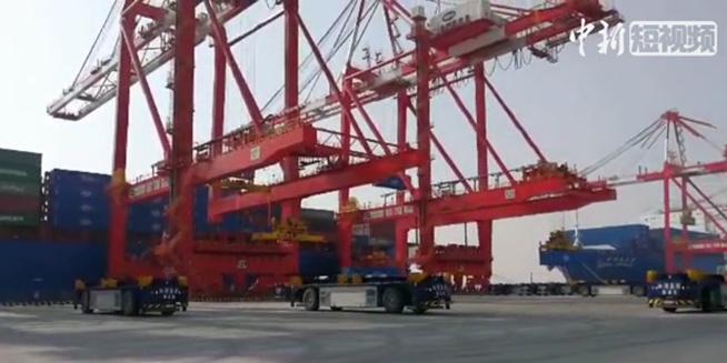 厉害了我的国!全球最大自动化码头正式开港