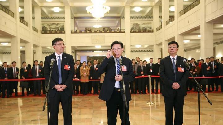 十三届全国人大一次会议第四场代表通道