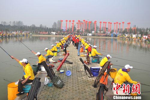 中国钓鱼达人齐聚成