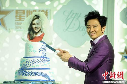 孙耀威迎娶女友 两人拍拖8年