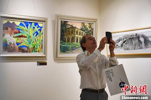 中法文化艺术交流活动作品在广西龙州永久展出