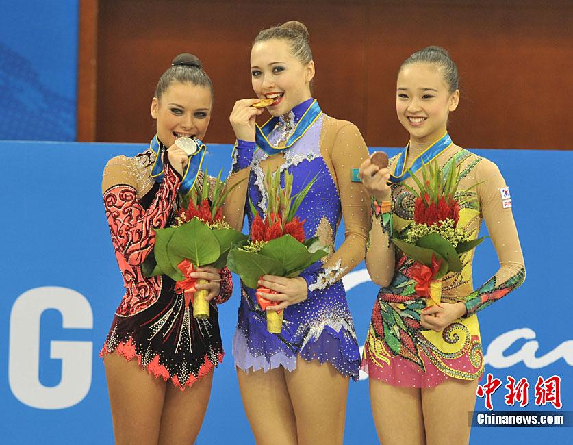 哈萨克斯坦美女夺冠序曲超群不凡