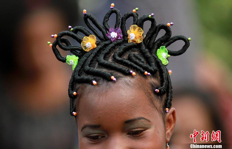 哥伦比亚发型设计比赛 各类怪异发型争奇斗艳