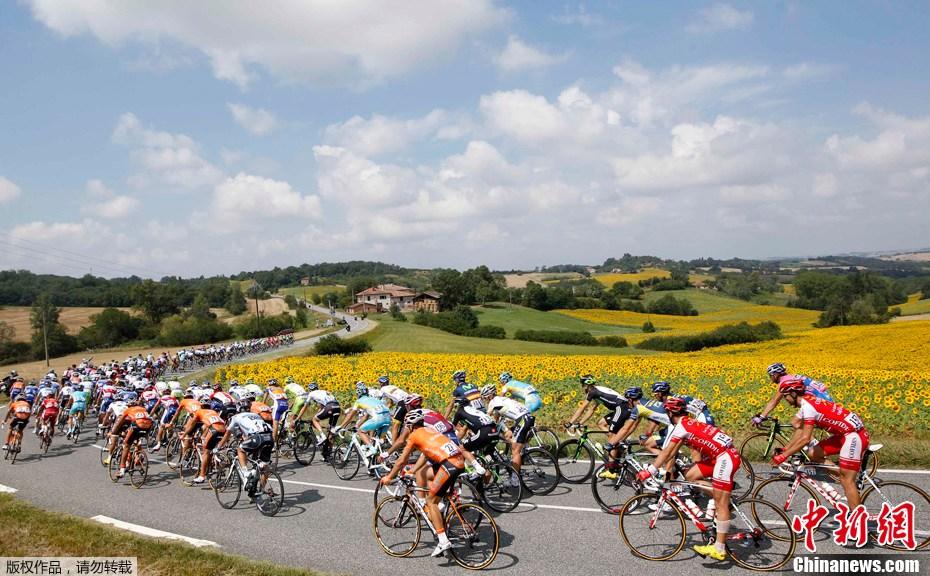 与美景同行 2011环法自行车赛视觉精选 中新网
