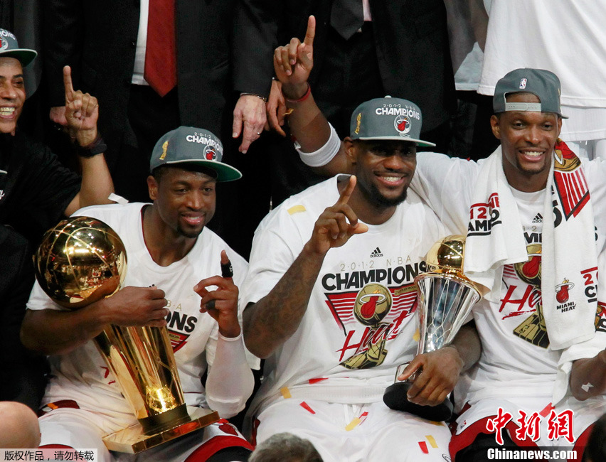 NBA:詹姆斯三双 热火4-1雷霆夺总冠军