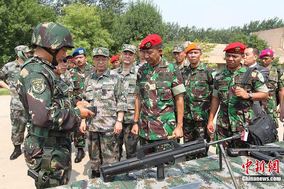 中国 训练基地/中国/印尼特种部队反恐联合训练开幕