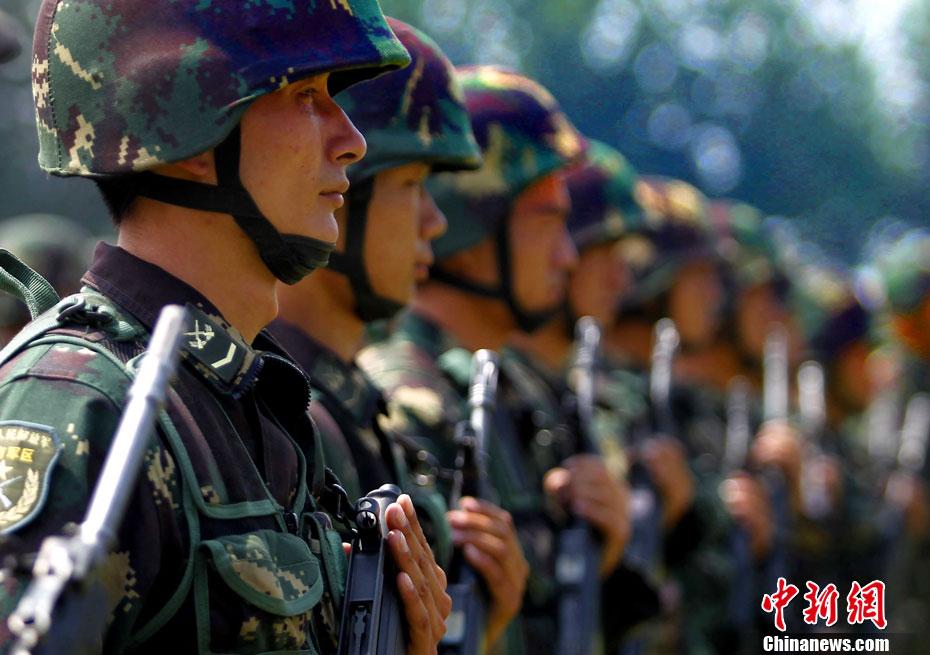 """中国 印度尼西亚/""""利刃/2012""""中国印尼特种部队举行反恐联合训练..."""