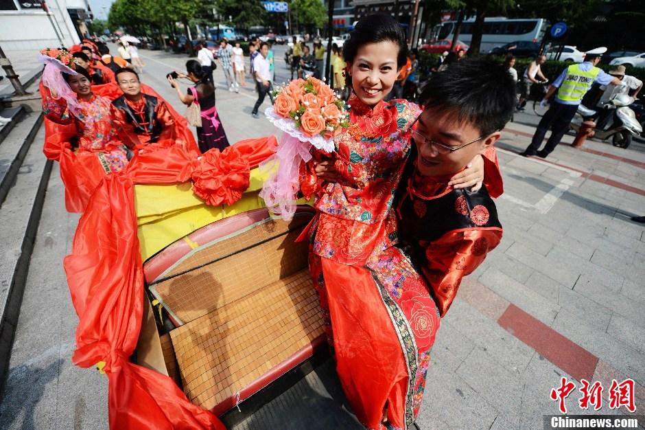 扬州演绎复古婚礼尽显浪漫与低碳 中新网