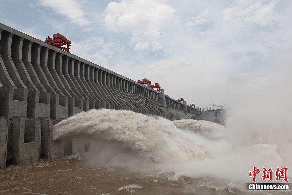 三峡水库迎建库以来最大入库洪峰-大陆图库-你