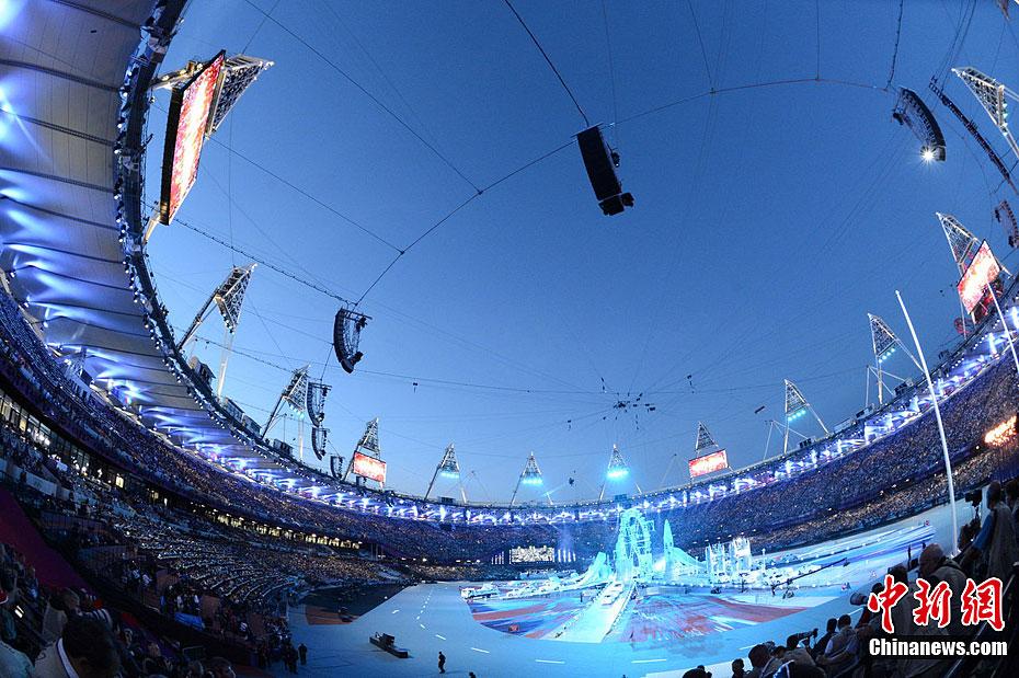 """伦敦奥运闭幕式在""""伦敦碗""""内举行"""
