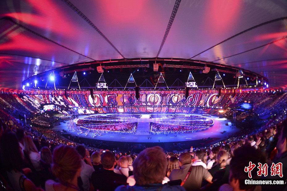 """伦敦奥运闭幕式在""""伦敦碗""""内举行 - 人在上海  - 中華日报Chinadaily"""
