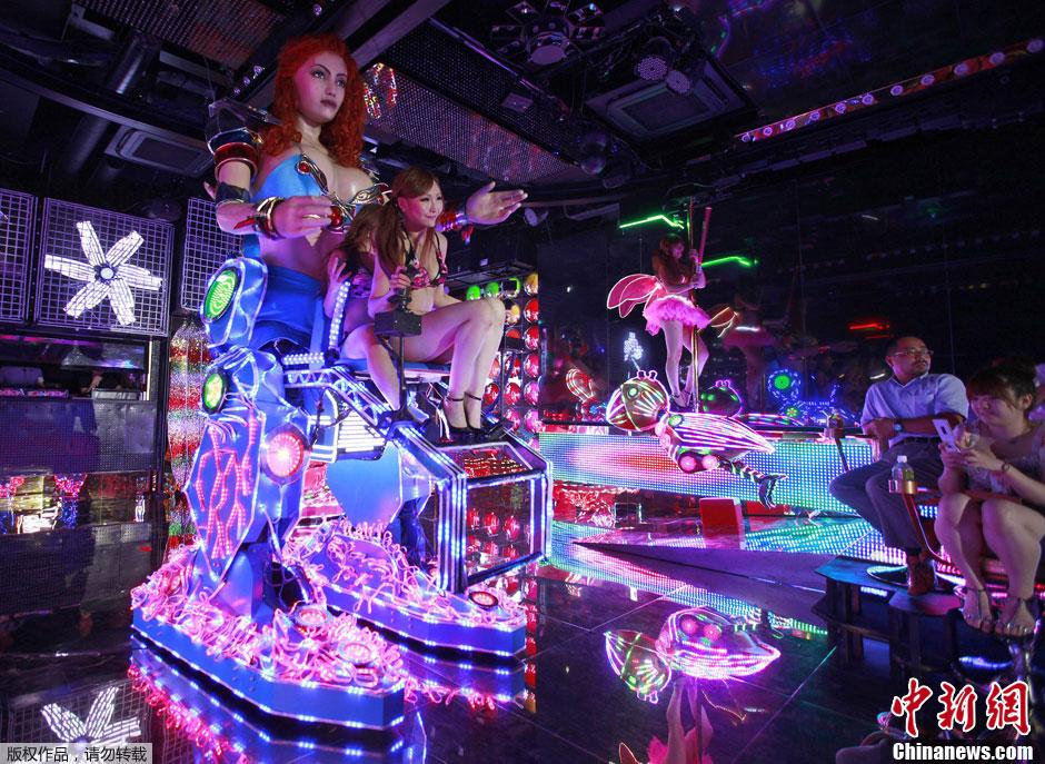 东京机器人夜总会 机械美女能歌善舞 中新网