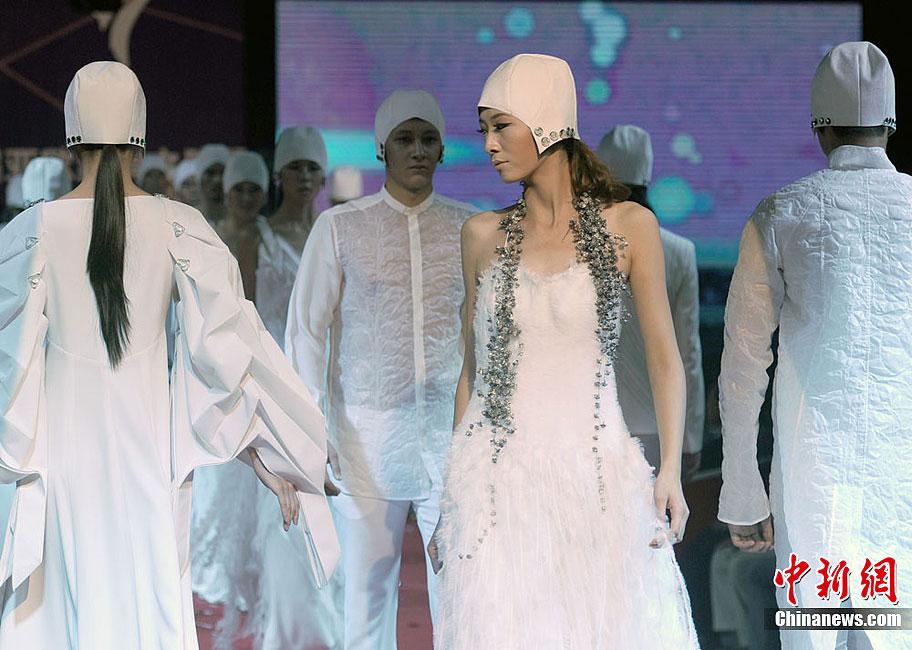 土耳其服装设计师作品首秀亚欧丝绸之路服装节