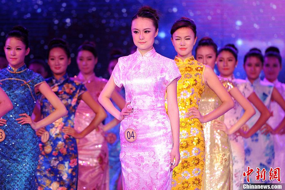 2012环球小姐总决赛_2012环球国际小姐中国区总决赛 西安美女折桂-中新网
