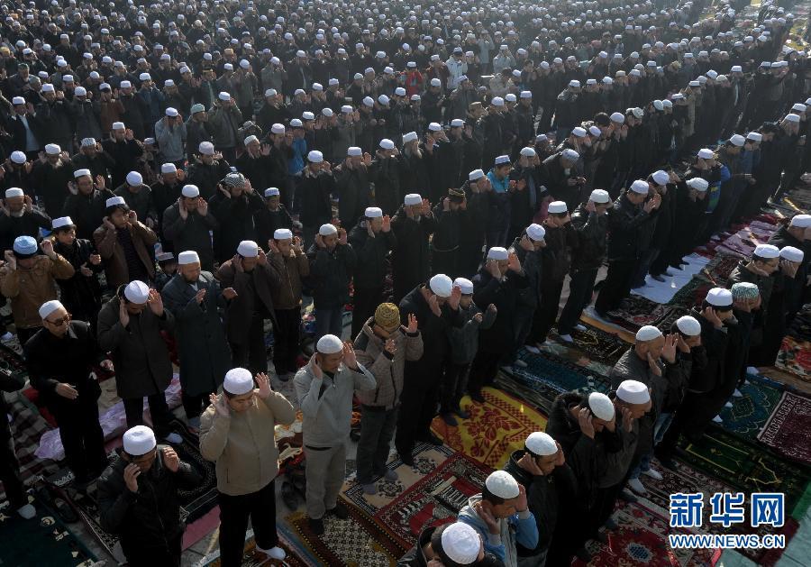 """10月25日,甘肃临夏回族自治州穆斯林群众迎来盛大的""""古尔邦节"""""""