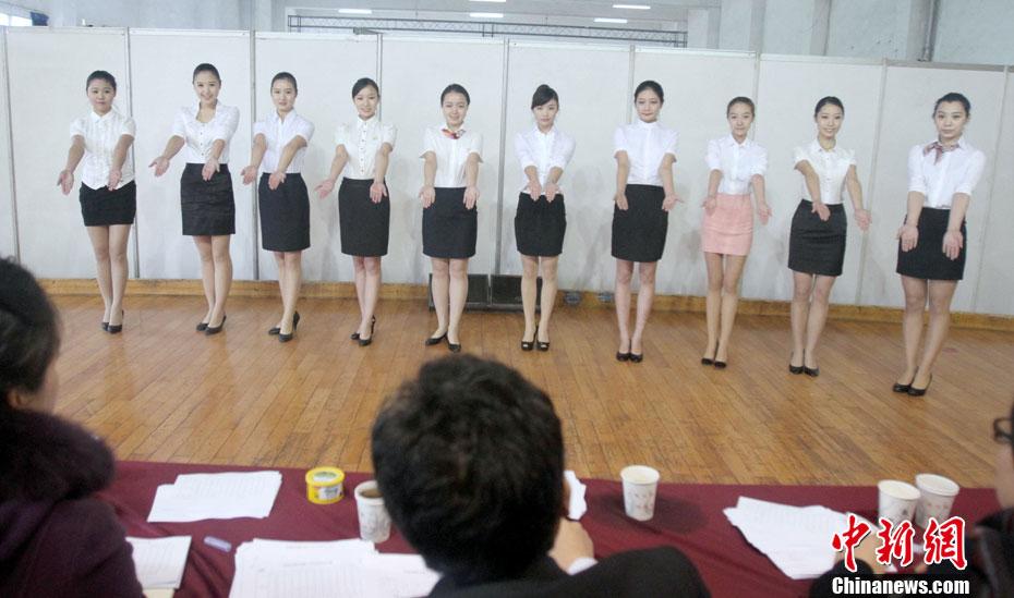 东航招聘乘务员 美女追逐蓝天梦 中国日报网