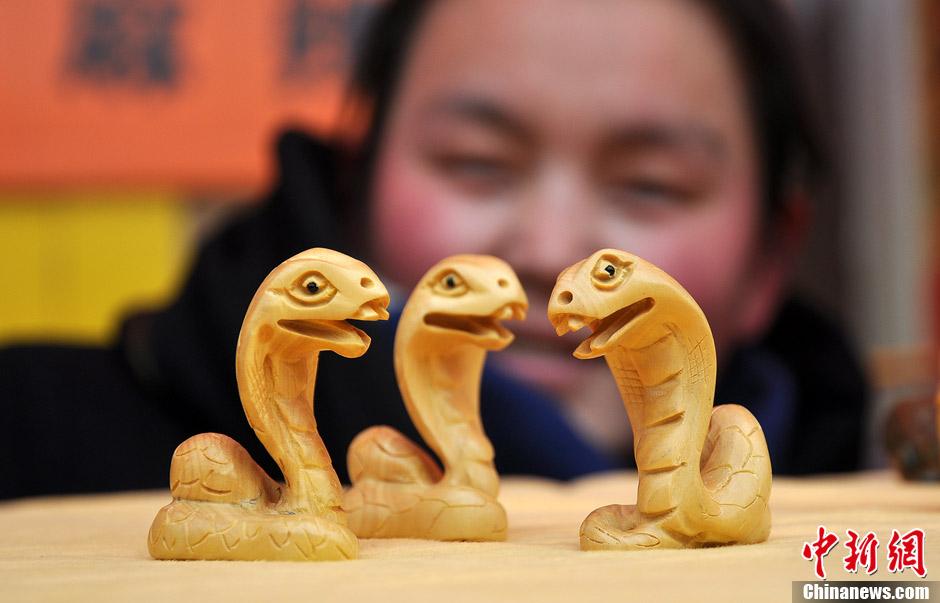 蛇雕刻图片大全  萌