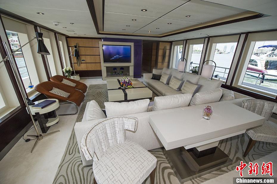 探访价值3.25亿超豪华游艇