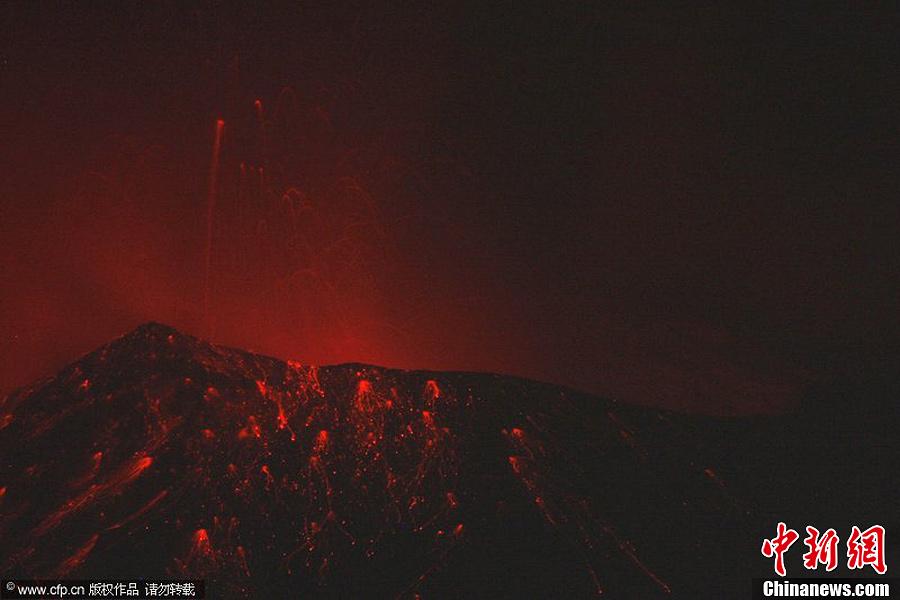 转帖:中新网——墨西哥火山喷发出大量火山灰 - yanzibj - 寻找火山