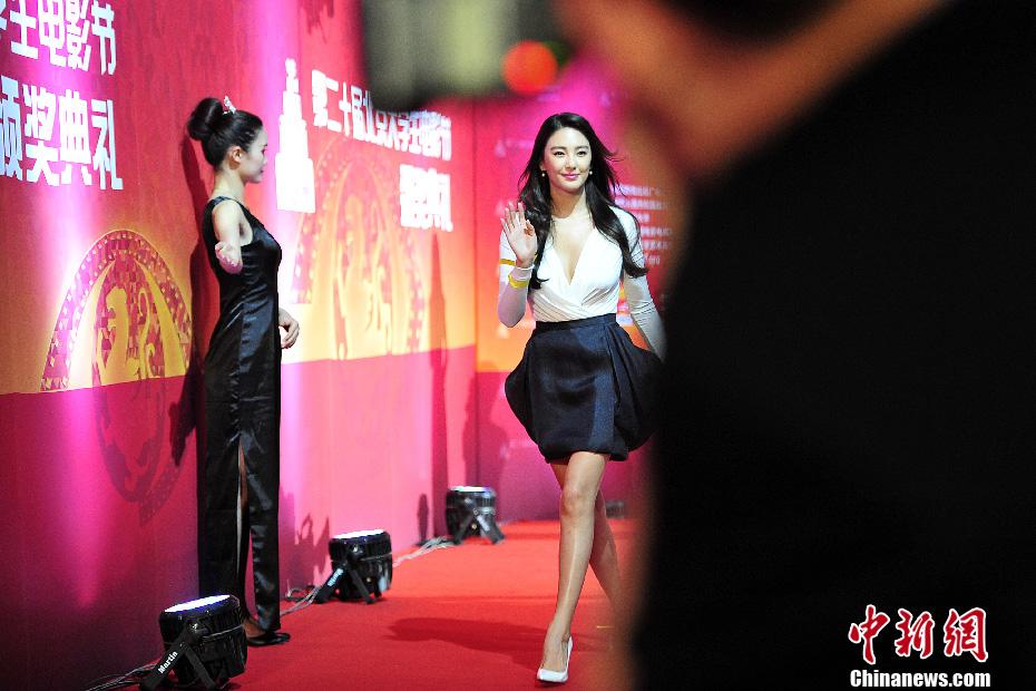 第20届北京大学生电影节回顾:张雨绮获最受大学生欢迎女演员奖
