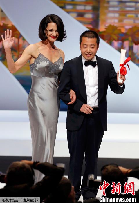 戛纳电影节贾樟柯《天注定》获最佳编剧奖大波妹电影三级图片