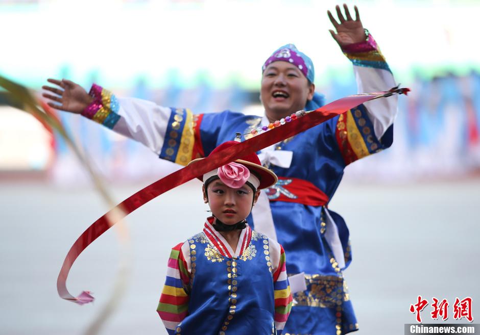 第十二届全运会开幕 暖场表演丰富多彩