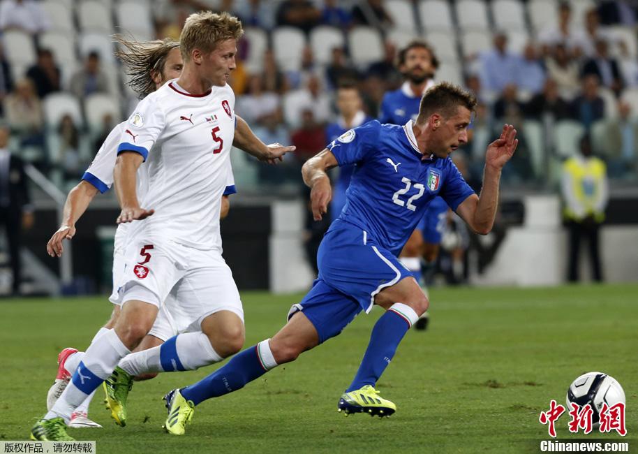 巴神点杀逆转捷克 意大利提前入围世界杯决赛