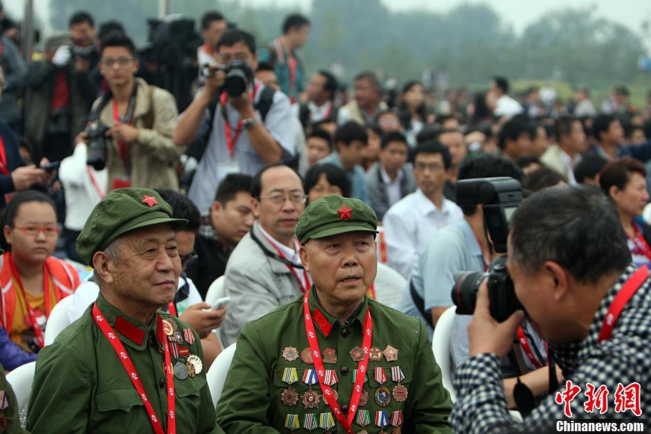 平遥国际摄影大展开幕 抗美援朝老兵亮相