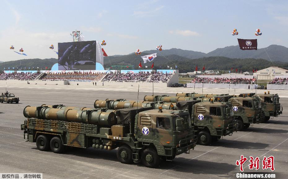 国庆黄金周新闻图片回顾——新型武器